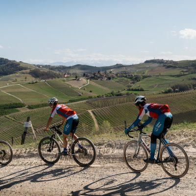 pedalando colline barbaresco